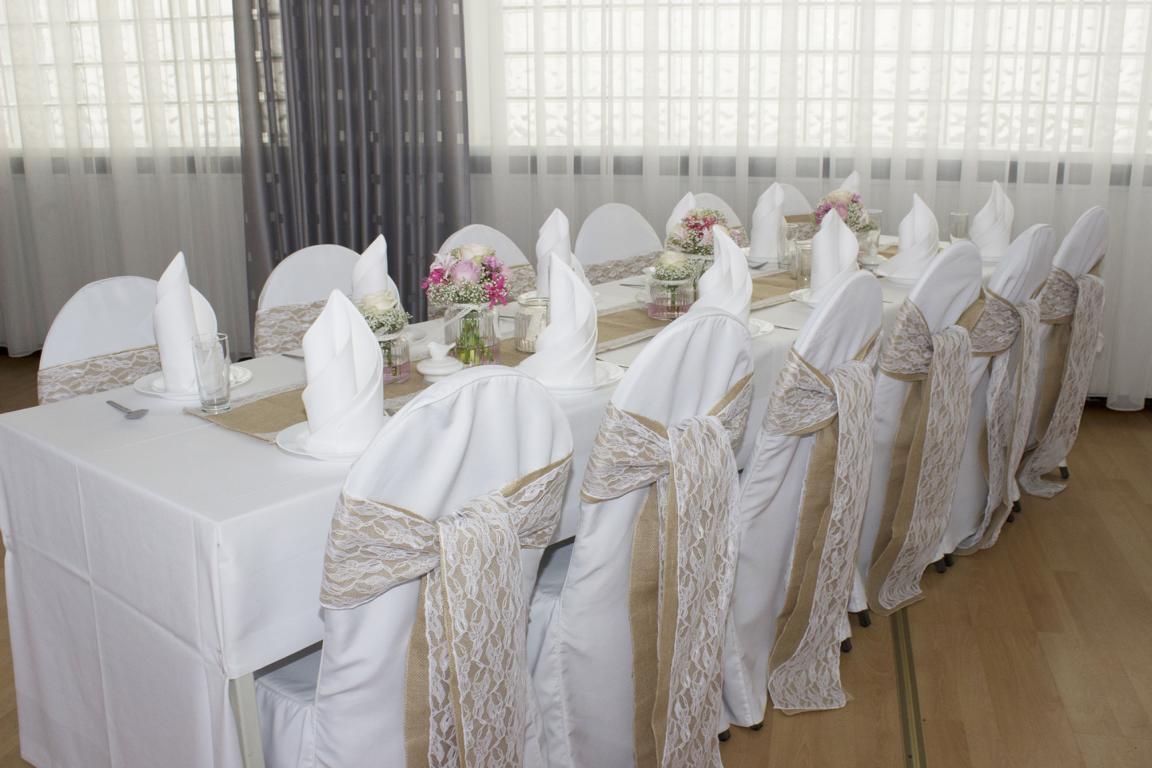 Vintage Hochzeitsdeko Mit Landhaus Chic Vanda Deko Und Floristik