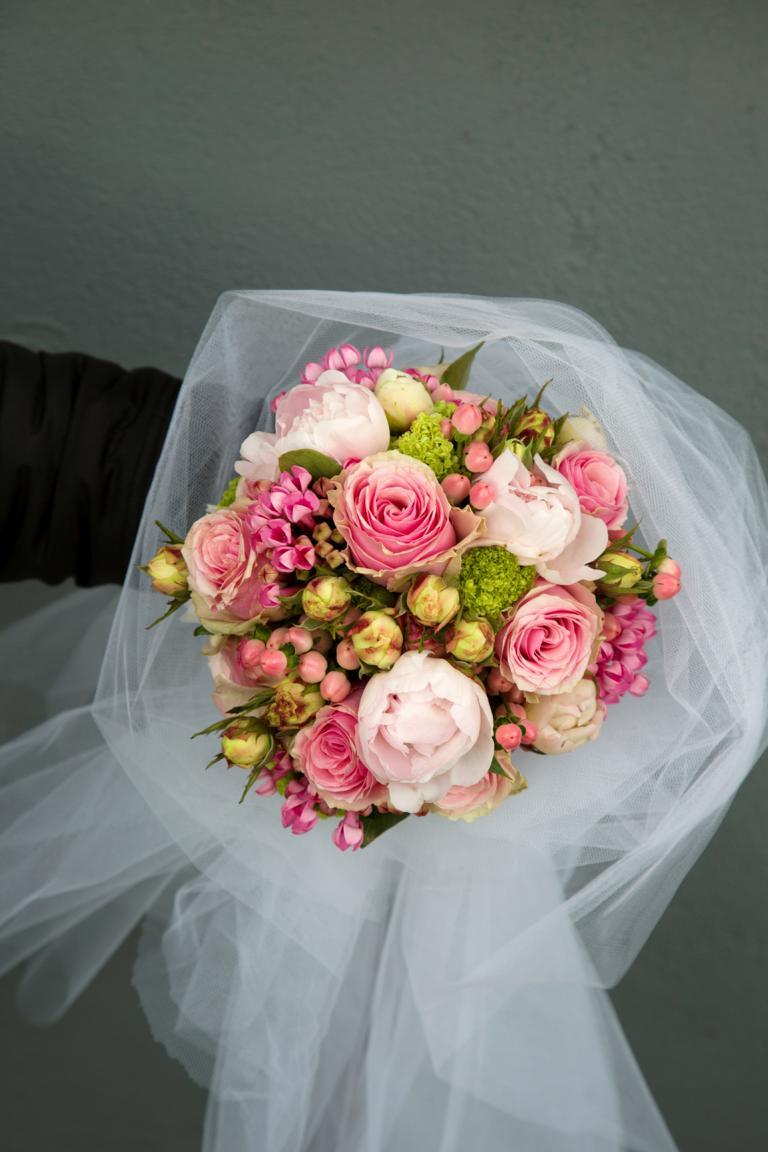 Hochzeit tischdeko in rosa vanda deko und floristik for Rosa tischdeko hochzeit