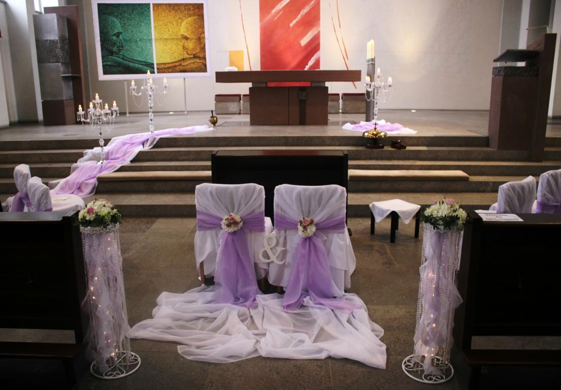 Lila Deko Fur Kirchenbanke Und Altar Vanda Deko Und Floristik