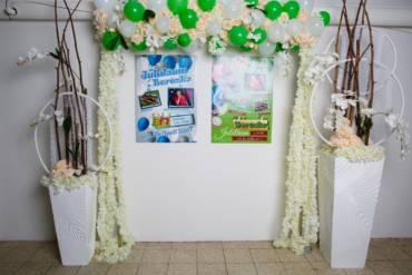 Trend – Florale Kunstblumen Gestecke und raffinierte Deko